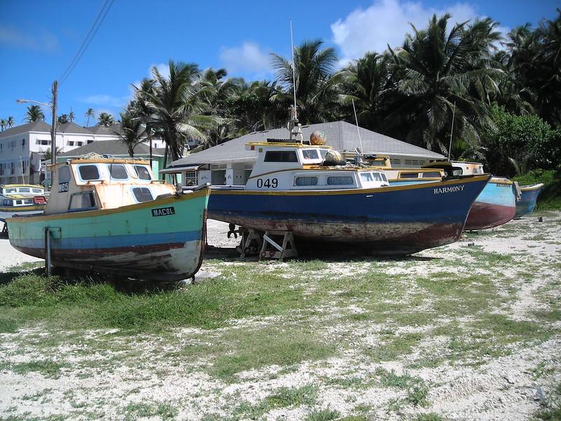 Barbados bathsheba-tent-bay-fishing-boats